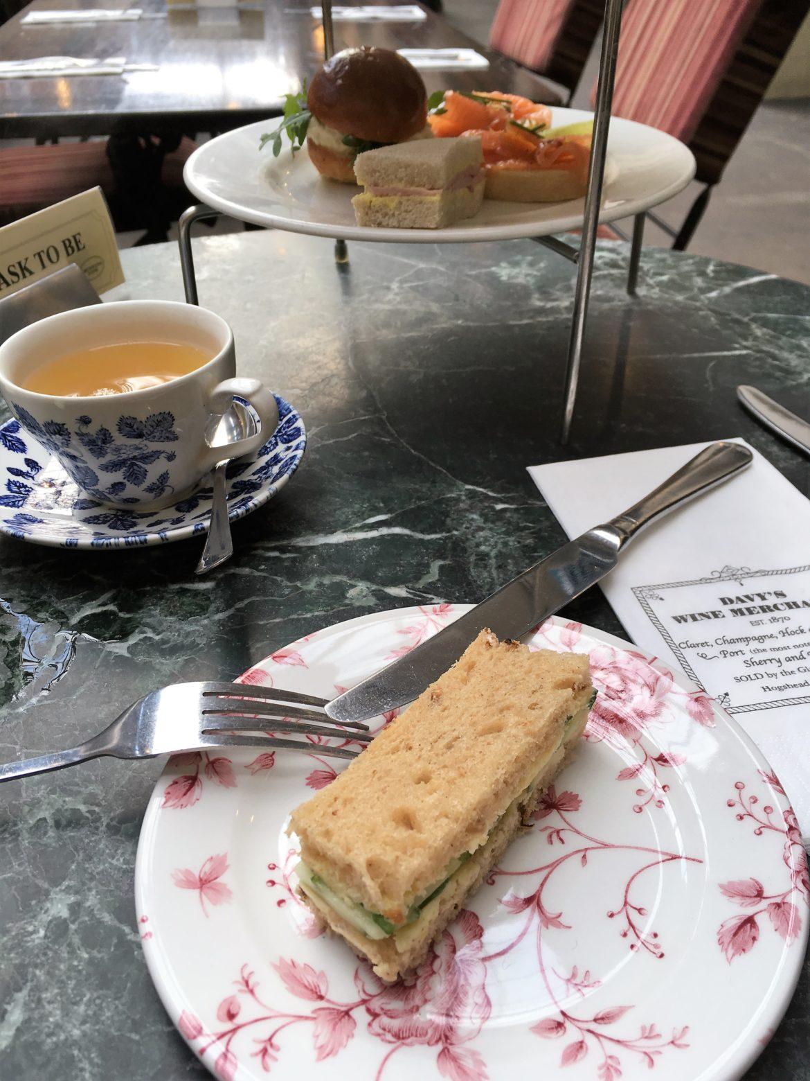 CrustingPipe_Salted_AfternoonTea_London_TeaVoyages
