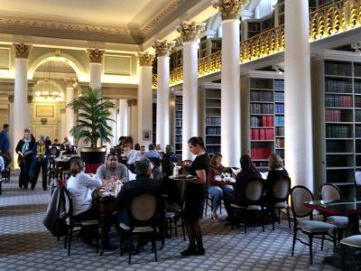 Edimbourg   The Colonnades :  la saga de la Signet