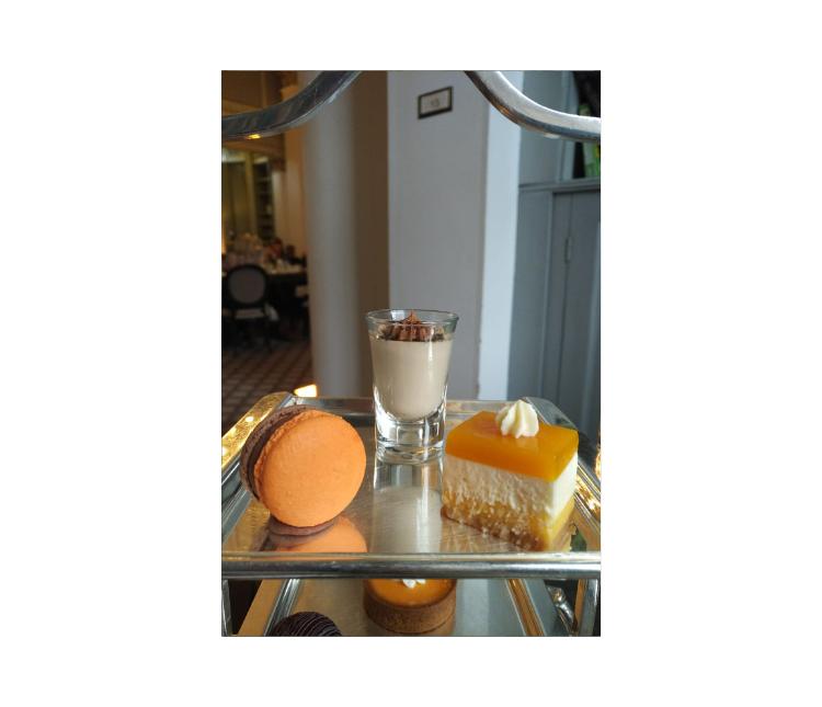 Colonnades_Signet_Library_Edinburg_DessertTrio_TeaVoyagesl