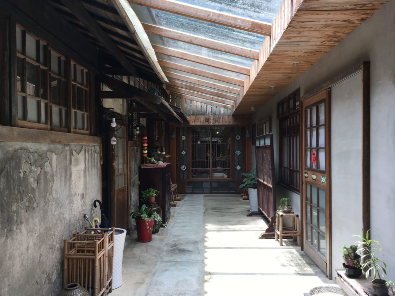 Qingtian_TeaHouse_Corridor_TeaVoyages